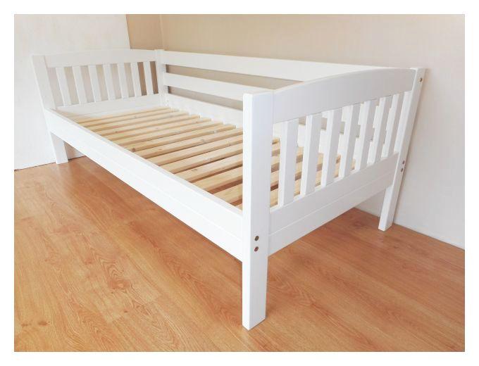 Turvapiirdega voodi 80 x 180. Valge värv